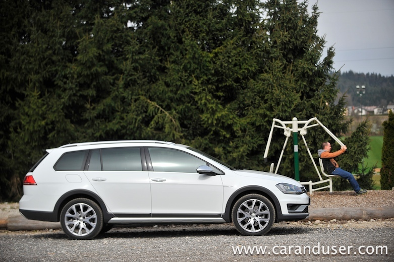 golf alltrack03